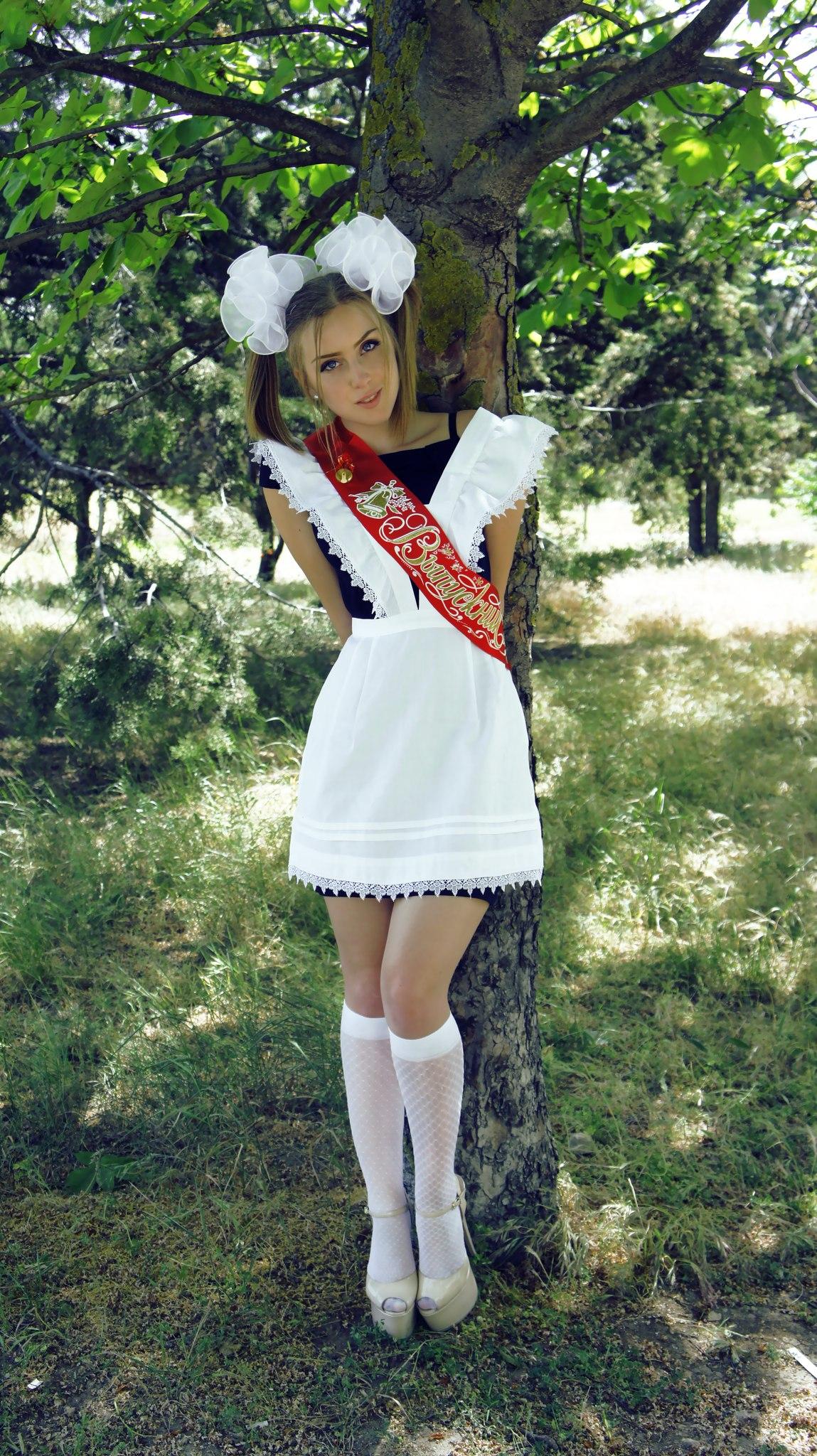 Фото выпускница в форме 2 фотография