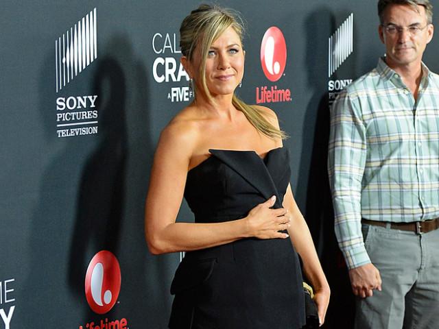 Дженнифер Энистон впервые станет мамой