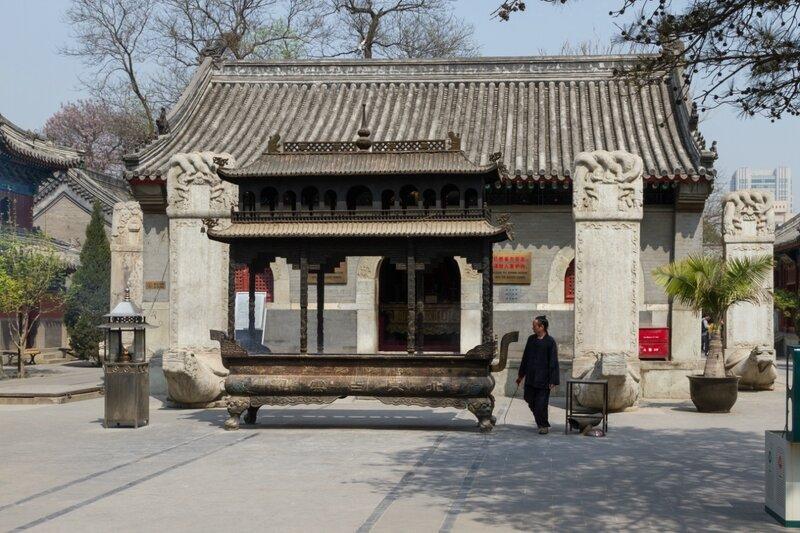Зал Лин Гуань, храм Белого облака, Пекин