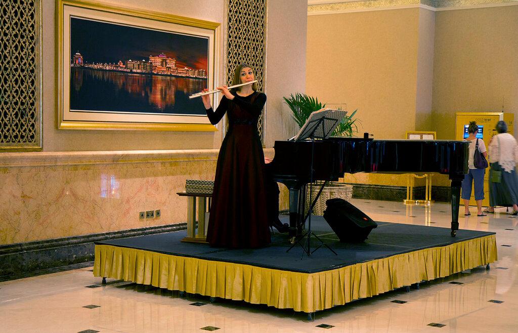 Música dos hotéis da Emirates.