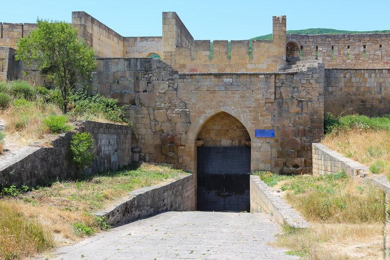 Ханская баня. Памятник архитектуры, предположительно построен в XVI – XVII вв., ханская баня расположена в северо-западной части крепости Нары