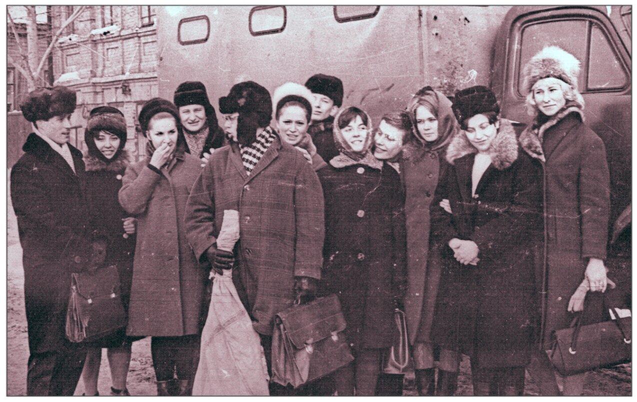 1967. Март. Кидовцы в селе Дубовый Умёт