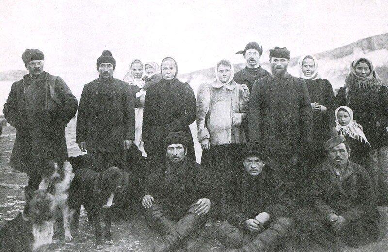 Первые поселенцы п.Ольгинский