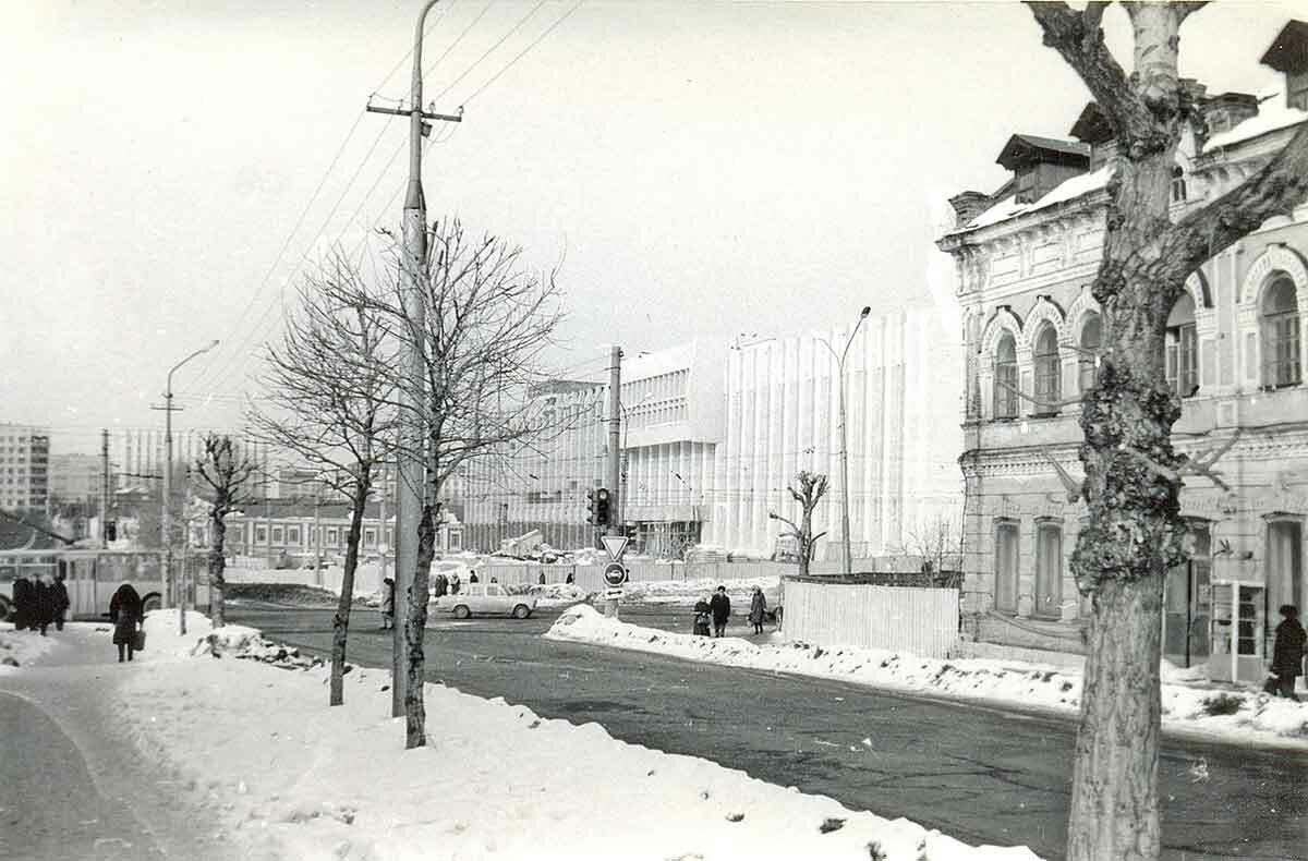 Перекресток ул.Куйбышева и ул.Ленина