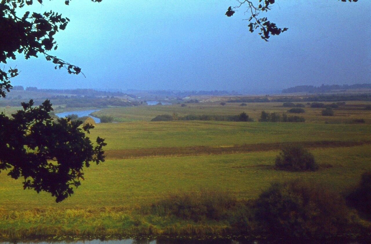 19.  Долина  реки  Сороть