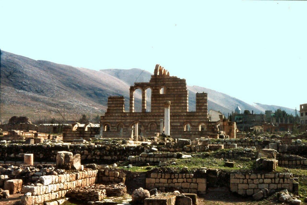 Fondée à l'époque omeyyade sous le califat de Walid Ibn Abd Al-Malak (705-715), la cité d'Anjar offre un témoignage unique sur la civilisation omeyyade