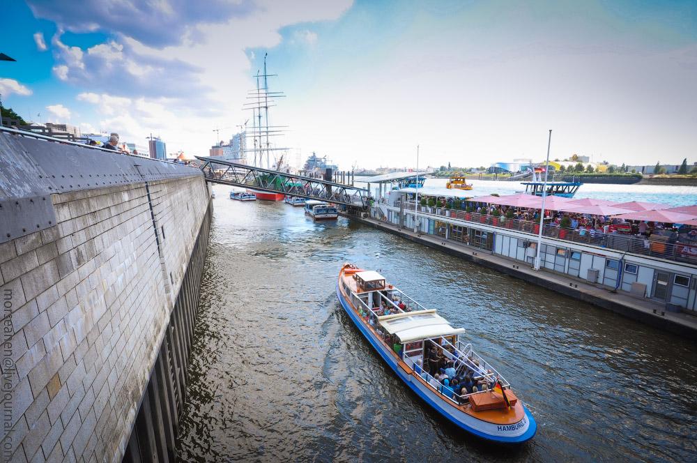 Hamburg-Wasserrundfahrt-(28).jpg