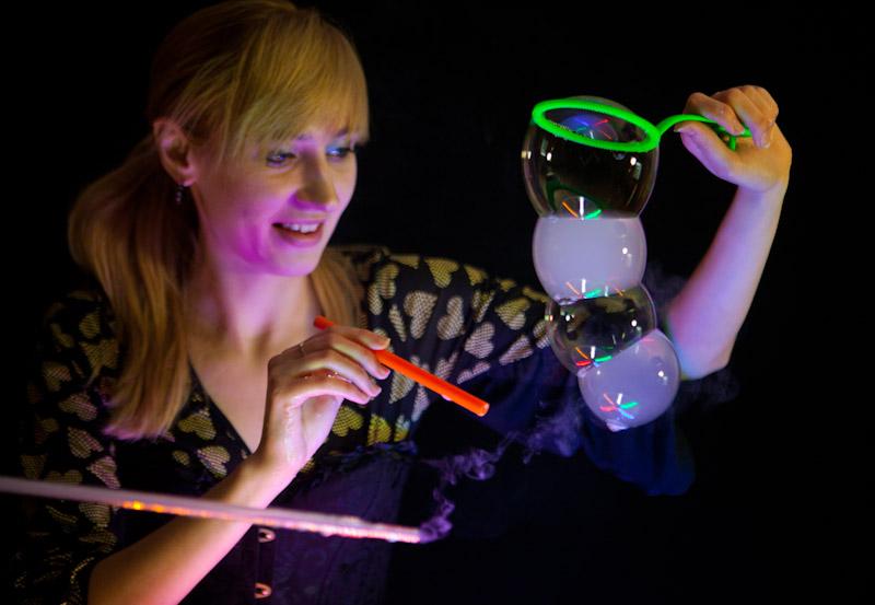 Столик для шоу мыльных пузырей своими руками 73