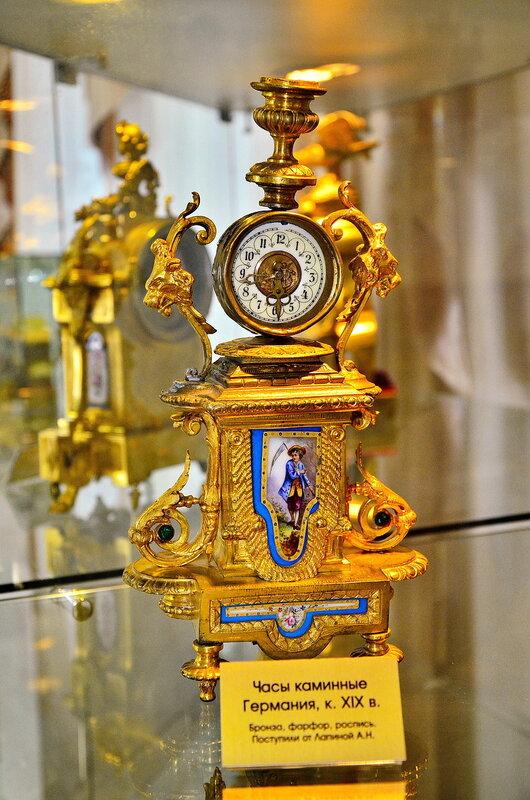 Часы каминные XIX век. Германия.