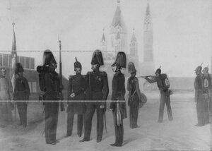 Репродукция с картины, на которой изображены типы егерей 40-х гг. 19 века.