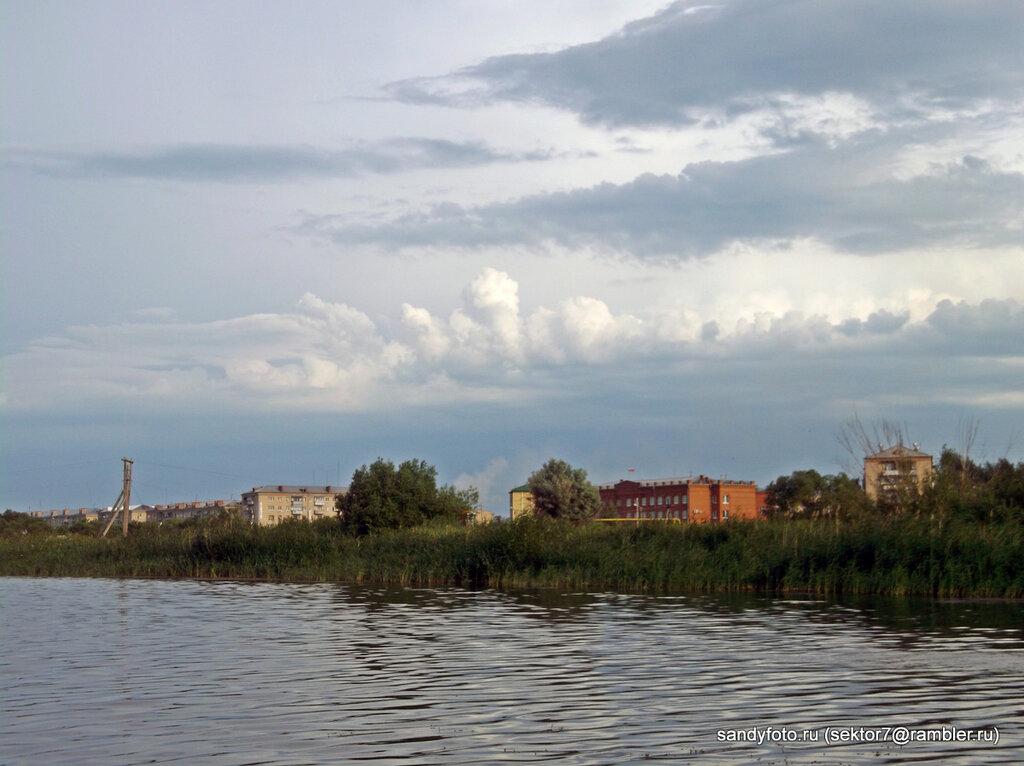 Прогулка на катамаране по Увельке