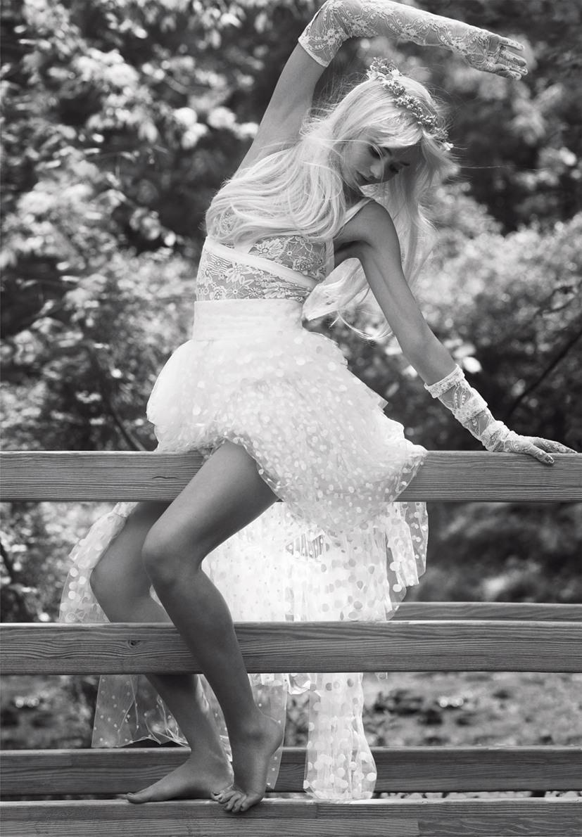 образ Чиччолины в исполнении супермодели Миранды Керр / Miranda Kerr as Cicciolina by Sebastian Faena in V Magazine september 2013