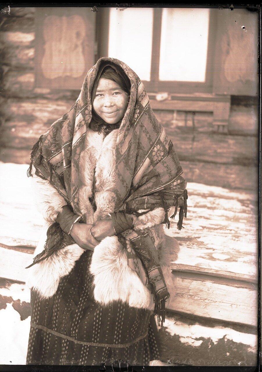 1912. Село Ларьяк. Остячка с верховьев реки Таз