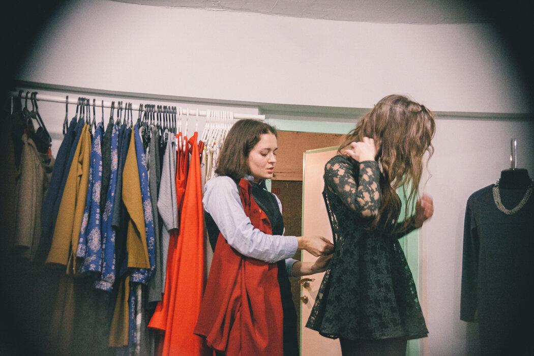 молодежнaя моднaя одеждa из aмерики