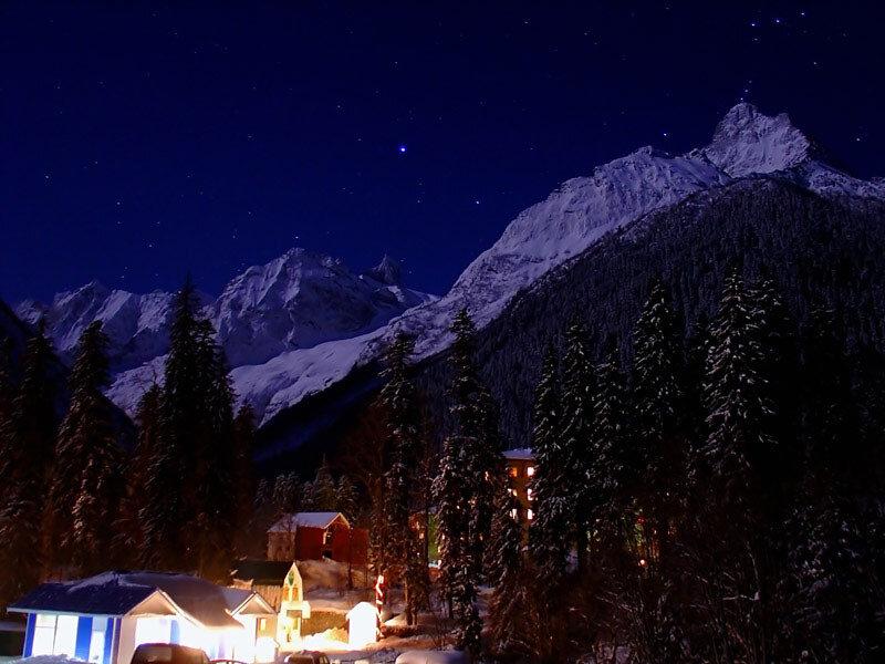 Отдых в горах - горнолыжный Домбай