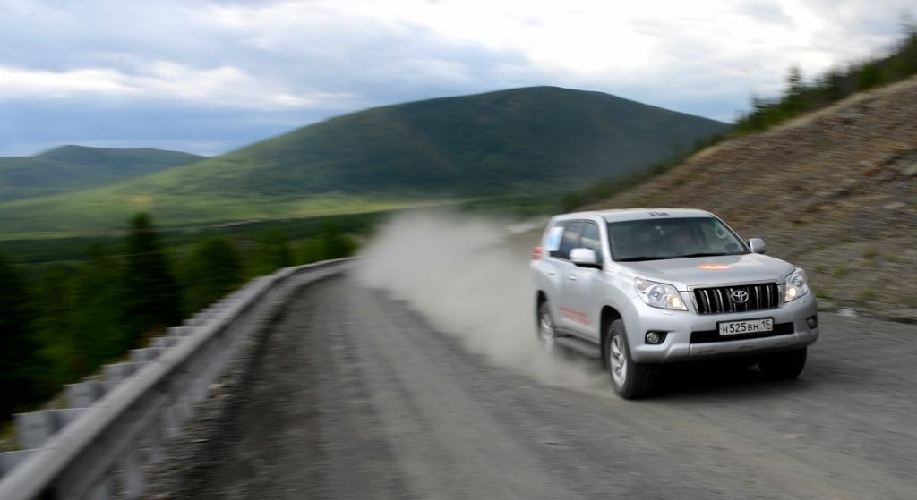 Toyota Land Cruiser Prada в автопробег Мурманск Магадан