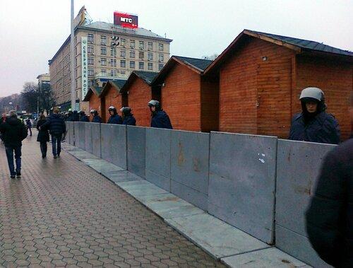 Охрана новогодней ярмарки на Майдане