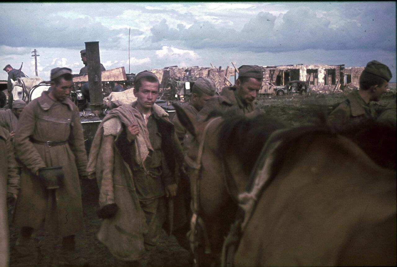 1943. Белгородская область, русские военнопленные