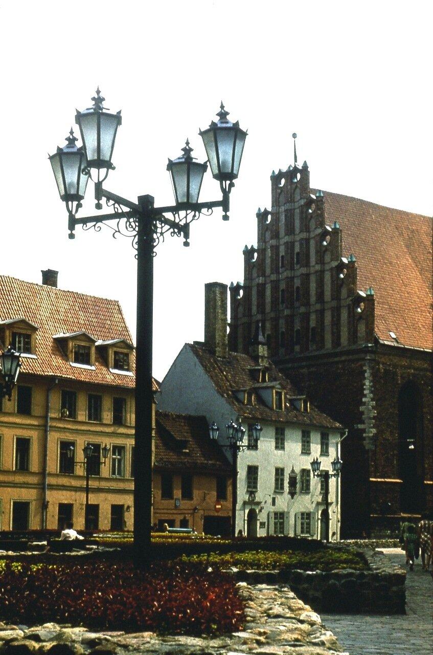 3. В  Старом  городе