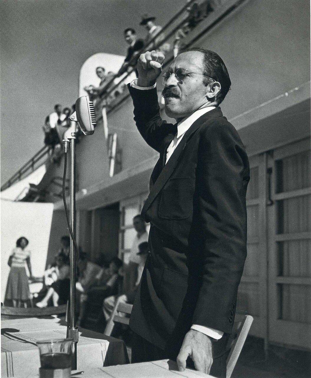 1950, ноябрь.  Менахем Бегин, Тель-Авив,