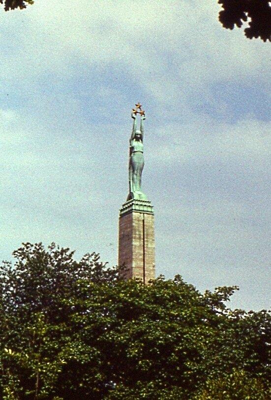 1.  Статуя  Свободы