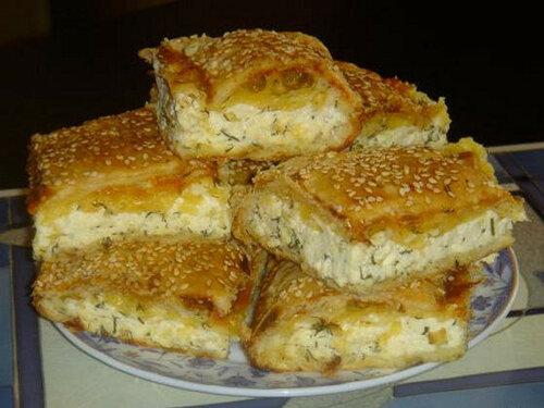 Пирог с сыром и творогом из слоеного теста рецепт с