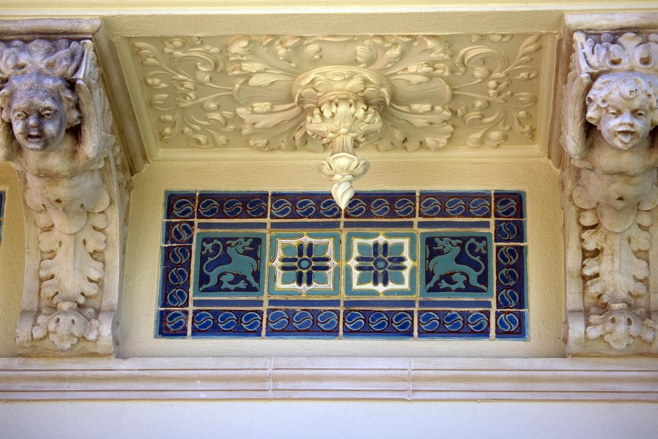 Hearst Castle Details