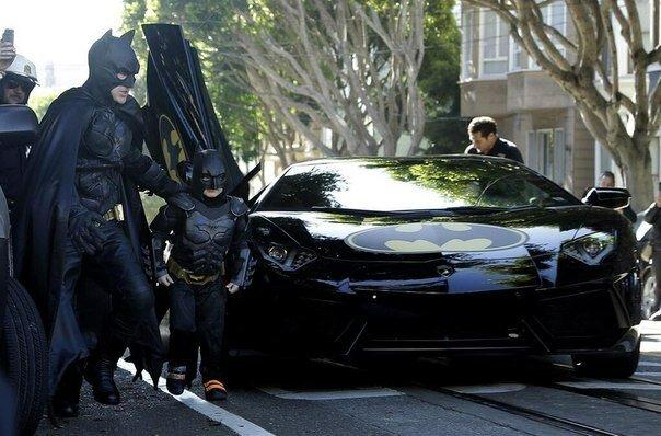 Ради больного лейкемией мальчика Сан-Франциско превратился в город Бэтмена