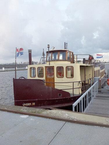 Корабли у пирса номер семь