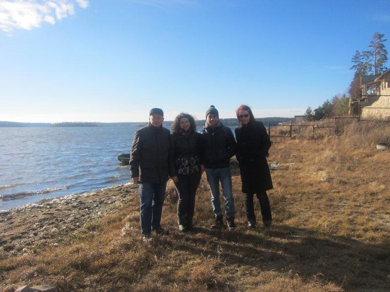 Вся компания на берегу озера Чебаркуль (15.11.2013)