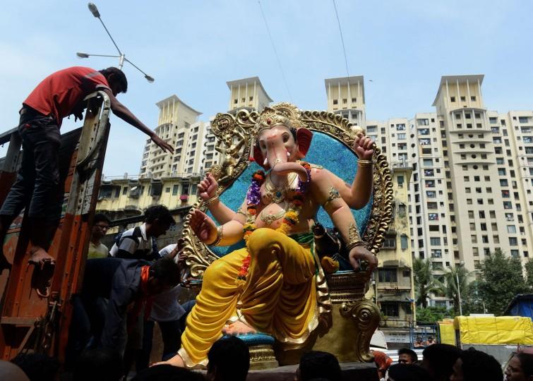 В Индии празднуют День рождения Ганеша 0 1454c0 60cab7a2 orig