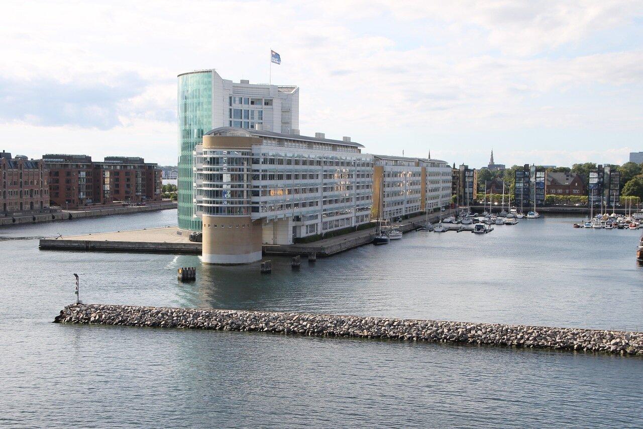 Копенгаген. Пирс Мидтермолен. Midtermolen pier.  Copenhagen