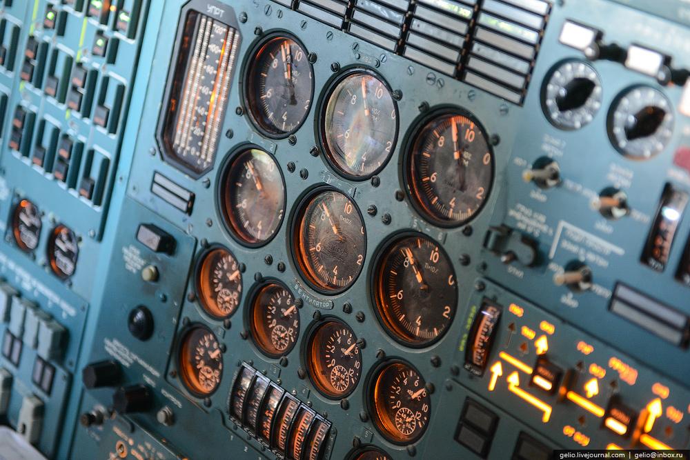 Картинка с приборами самолета