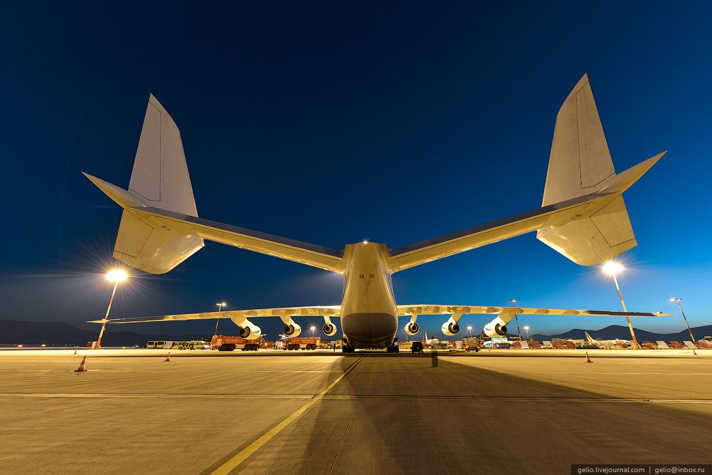 известного рэпера самый огромный в мире самолет фото огонь