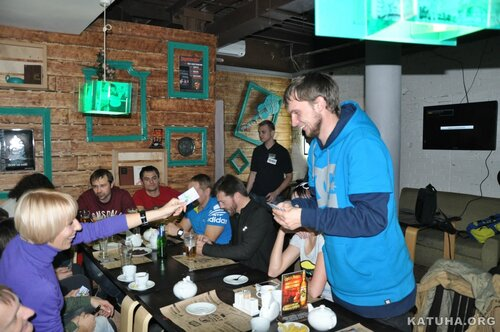 Клуб КАТУХА - сноуборд победителю конкурса.