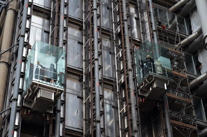 Офис корпорации Ллоид (Lloyd's building). Лондон