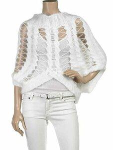 Белый свитерок на подиум