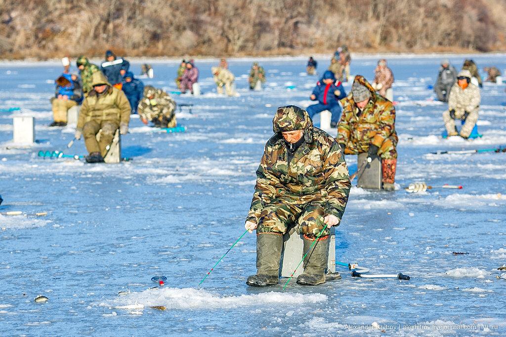 Картинки про рыбалку зимнюю