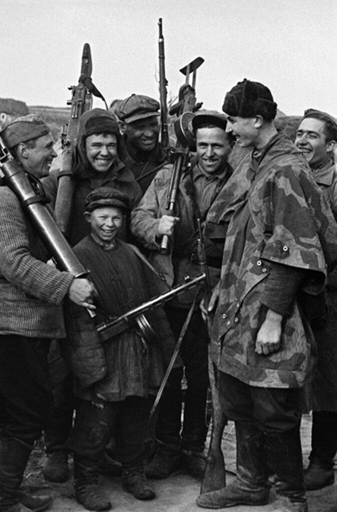 Юный партизан. 1942 г.