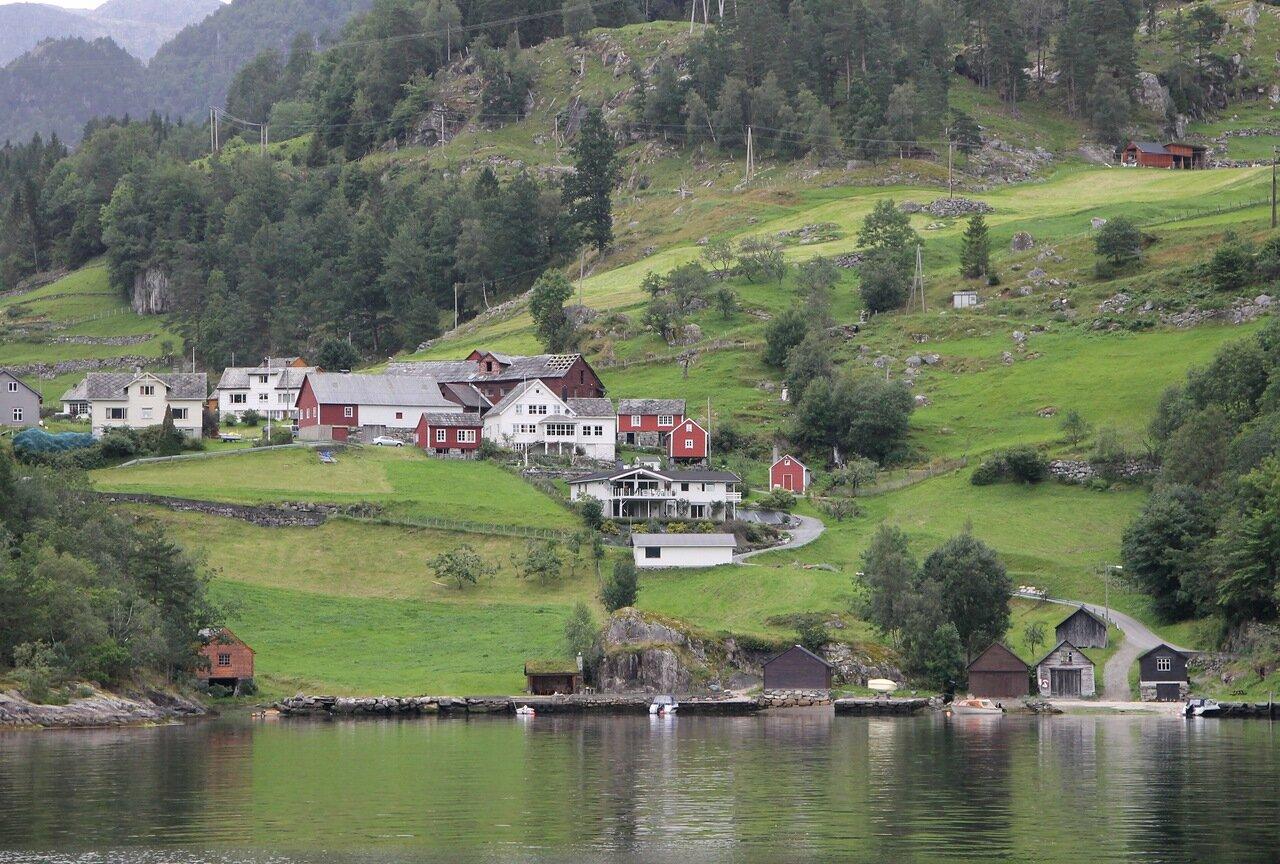 Хардангерфьорд, Фиксесунд. Fyksesund, Hardangerfjord,