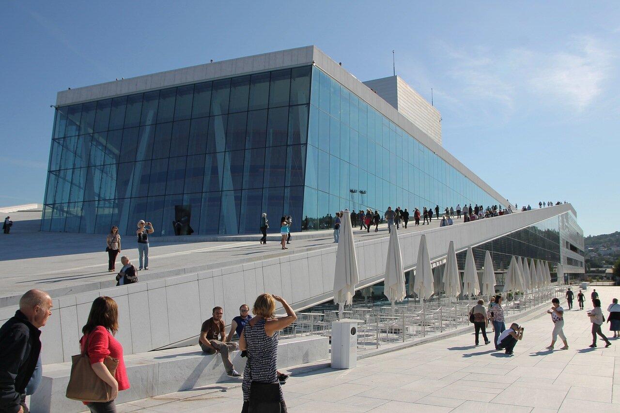 Oslo, Opera House. Осло,Оперный театр,