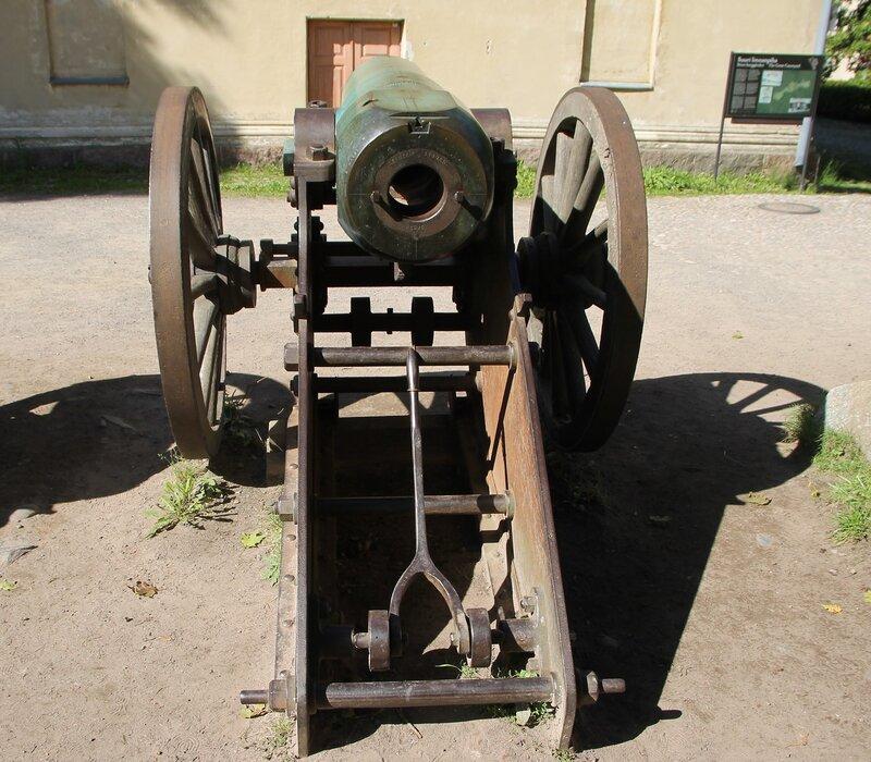 Suomenlinna castle, Sweaborg, Susisaari, Крепость Суоменлинна, остров Сусисаари. Старинные пушки. Old guns