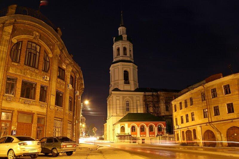 Ночной вид на колокольню Спасского собора, училище искусств и торговые ряды IMG_7716