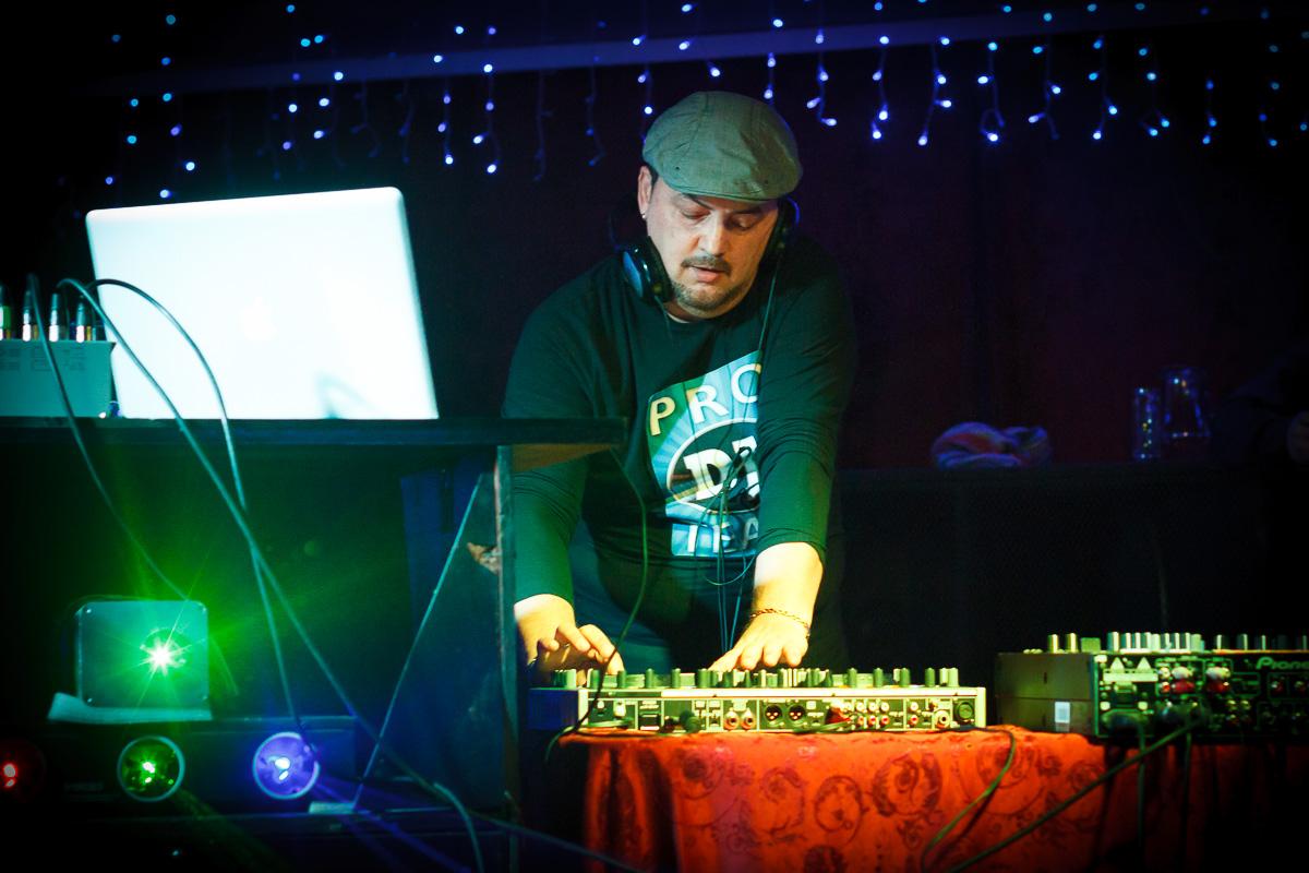 DJ Funky JOJO 5