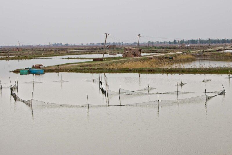 рыбацкие сети у водохранилища Сихайцзы,Suha Hai, в долине Хэтао