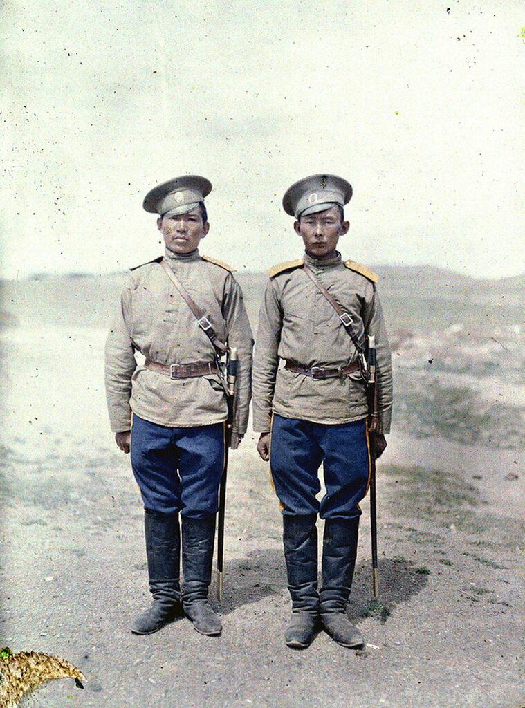Два солдата казака в Урге, 1913 г.