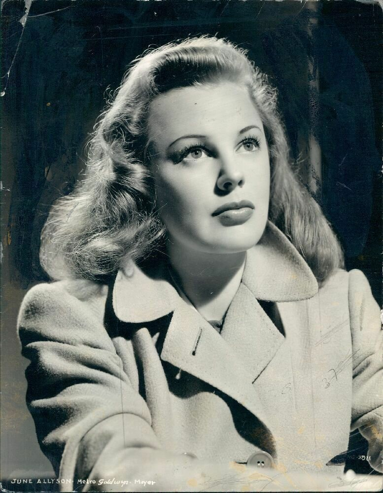 1943. Джун Эллисон