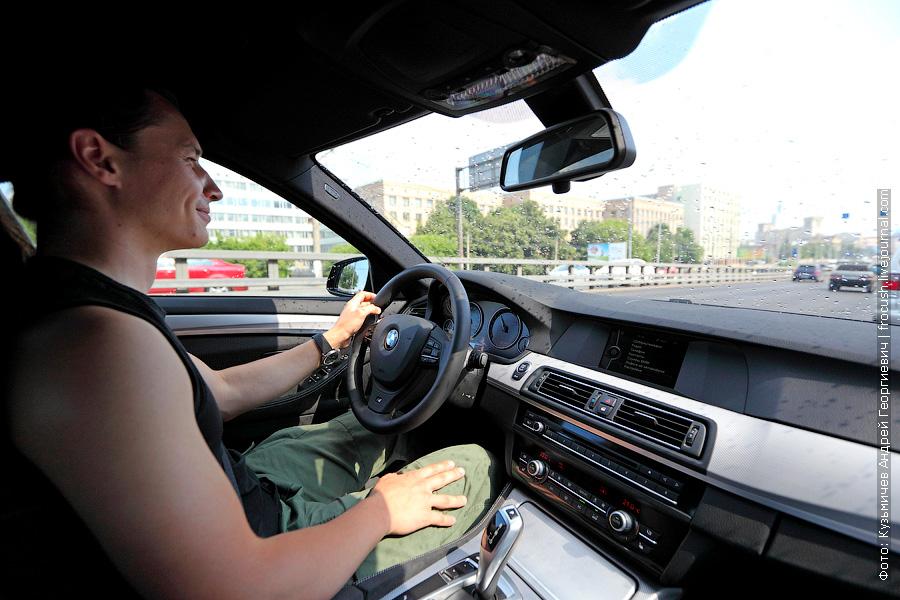 Андрей zizis едет по Ленинградке на BMW 520i