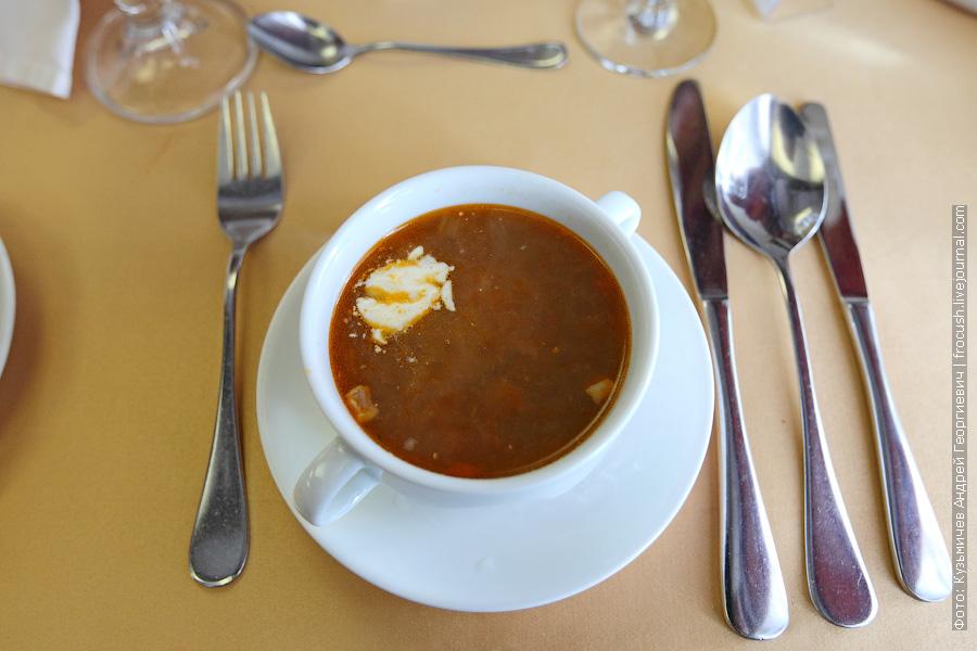 Похлебка «Старомосковская» (мясной набор, картофель, грибы, томатная паста)