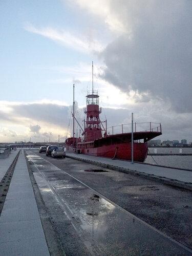 Брайтсайд - плавучий маяк номер 94
